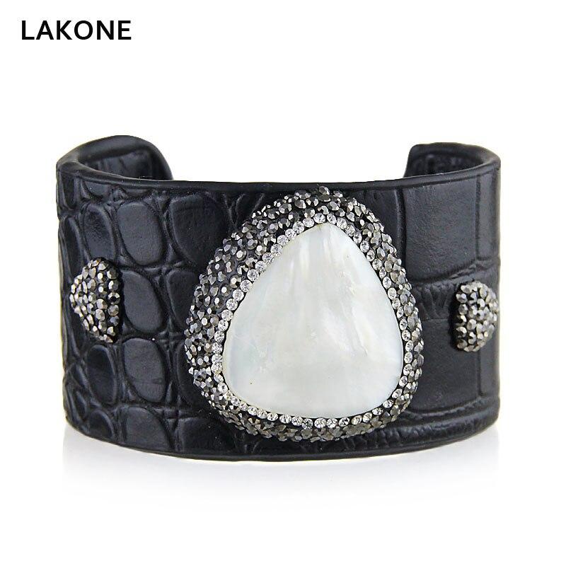 Kvinnor Läder Manschett Bangle Snake Striae Armband Heart Pearl Station Crocodile Striae Fashion Handgjorda Smycken