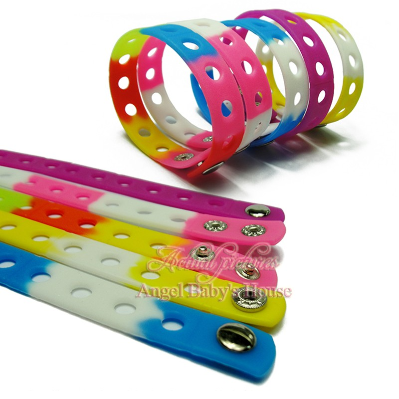 1PCS High Quality 17 Colors 18CM Silicone Wristbands Soft Bracelets Accessory Bands For Croc Shoe Charms Kids Party Gifts