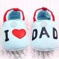 Encantador Da Criança Do Bebê Da Menina do Menino Apartamentos Dedo Do Pé Redondo Chinelos Macios Sapatos Eu Amo MÃE/PAI