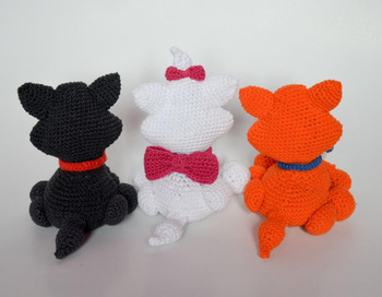 crochet armigurumi  rattle toy   T walker  model number  93