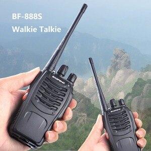 Image 2 - 2 stücke Baofeng bf 888s Tragbare Walkie Talkie 16CH bf 888s Two Way Radio UHF 400 470MHz 2 stücke Jagd Transceiver mit Kopfhörer