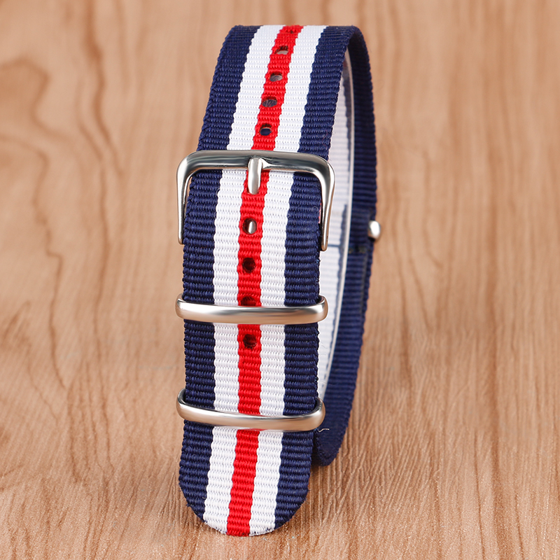 все цены на 22mm Casual NATO Style Watchband Canvas Fabric Nylon Wristwatch Strap Band Sport Steel Pin Buckle Replacement + 2 Spring Bars онлайн