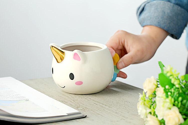 2018 New Popular Cartoon Unicorn Mug 3D New Ceramic Coffee Cup Children Girl Boy Cute Creative Unicorn Mug Gift 2 Color 350 ML