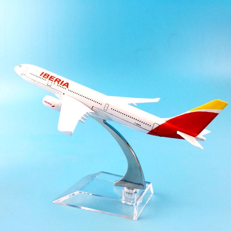 JASON TUTU Aircraft Model 16cm Metal Diecast 1:400 Iberia Airbus A330 Model Plane Airplane Model Kids Toys