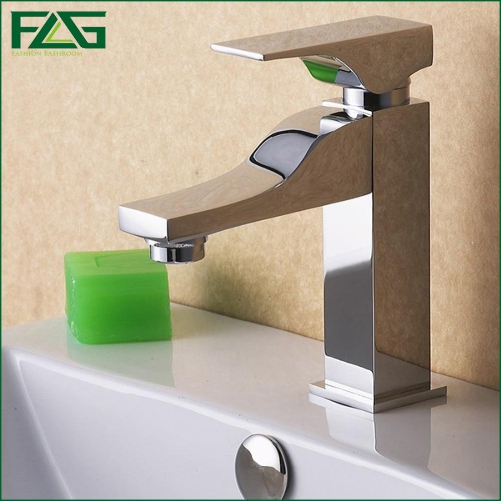 ФОТО Retail Bath Mat Chrome Faucet Ceramic Musluk Cold & Hot Kraan Deck Mounted Single Knob Rack Bassine Wash Basin Mixer Tap FLG8028
