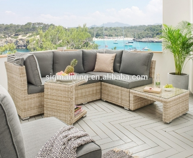 New Style Elegant Garden Furniture Seating Sets Rattan Couch For