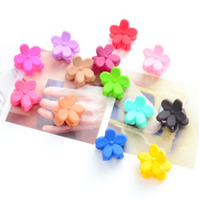 Small Flower Baby Kids Hair Clips 2016 New Hair Claws Lovely For Child Cute Hair Accessories Fashion For Student Random Color