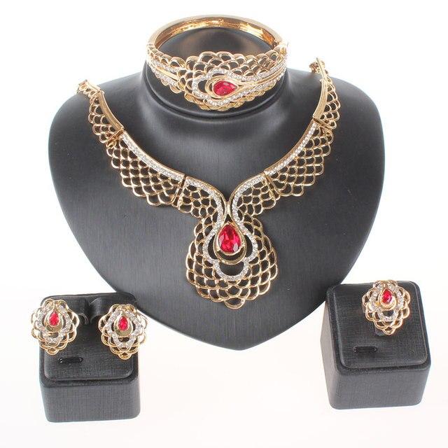2942e3cbf180 Moda mujer oro color rojo cristal gema verde pendiente boda collar  brazalete conjunto de joyas pendiente