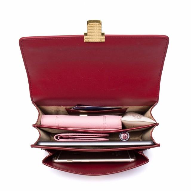 Ladies Fashionable Shoulder Bag
