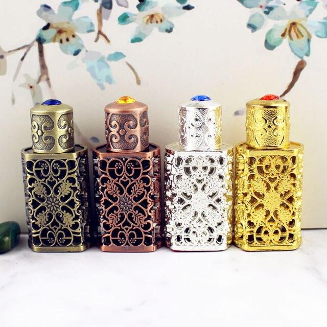 3 ml Antiqued Metalen Parfumflesje Arabische Stijl Essentiële Oliën Fles Container Lichtmetalen Royal Glazen Fles Bruiloft Decoratie Gift