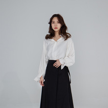 Women's Shirt 2019 Spring Wood Ear Hem V Collar Pure Color Sleeve Casual Shirt Blouse V-Neck Flare Sleeve Chiffon Blouse Women недорго, оригинальная цена
