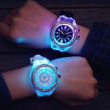 Panie kobiet mężczyzna genewa LED podświetlenie Sport wodoodporny zegarek kwarcowy zegarki na rękę tanie tanio QUARTZ Stop Klamra Nie wodoodporne Moda casual Odporny na wstrząsy 0065 Ze stali nierdzewnej Nie pakiet Szkło Okrągły