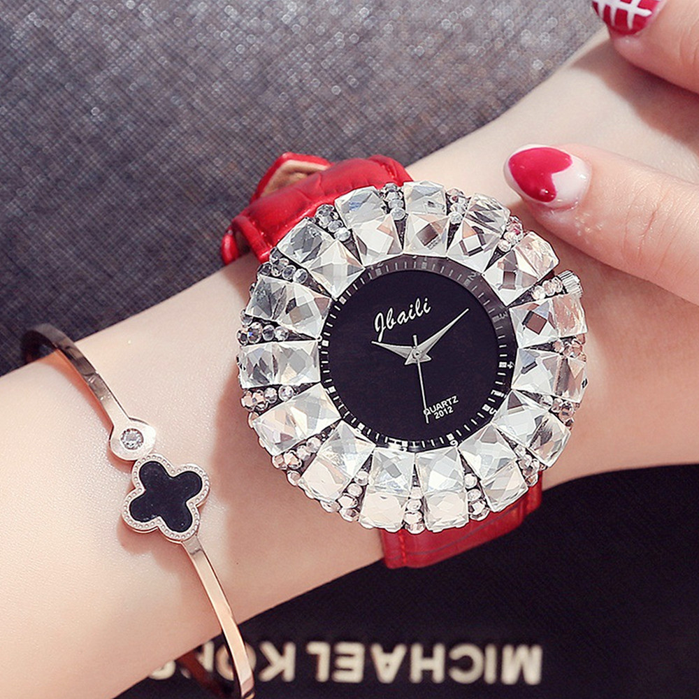 Women Clocks Big White Drill Wrist Watch Diamonds Quartz Watches Red Sexy Brand Women Ladies Female New Hodinky