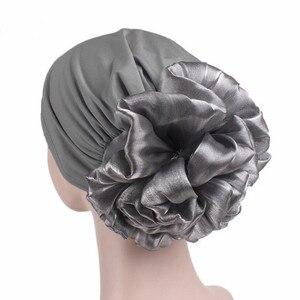 Image 3 - Helisopus yeni kadın büyük çiçek türban elastik bez saç bantları şapka kemo bere bayan müslüman eşarp saç aksesuarları