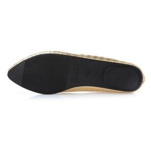 Image 5 - Beyarne Plus Size 35 41 Mode Flats Goud Zilver Flats Voor Vrouwen Platte Hak Schoenen Fashion Flats Gratis verzending