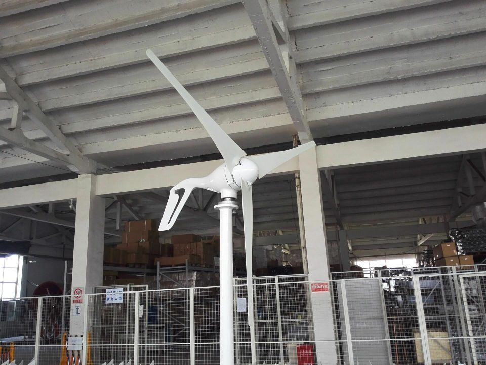 Aluminium alloy 100W wind turbine generator with 3 pcs blades, 12V/24V optional windmill generator used for land and marine