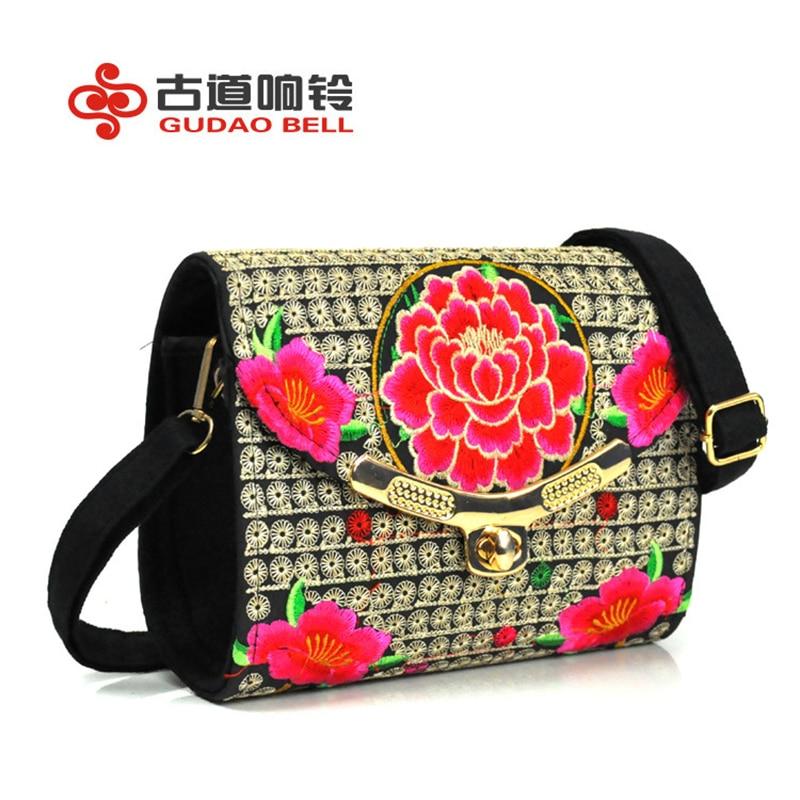 Women charms cute crossbody bags flower mini small bag messenger designer bag embroidery square package fashion random color mini women crossbody bags small women