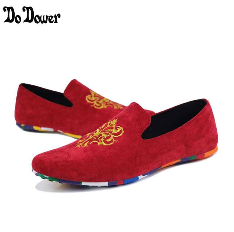 c47cdc4a565 2018 spring and autumn Men Velvet Loafers Party wedding Shoes Europe Style  Embroidered Velvet Slippers Driving