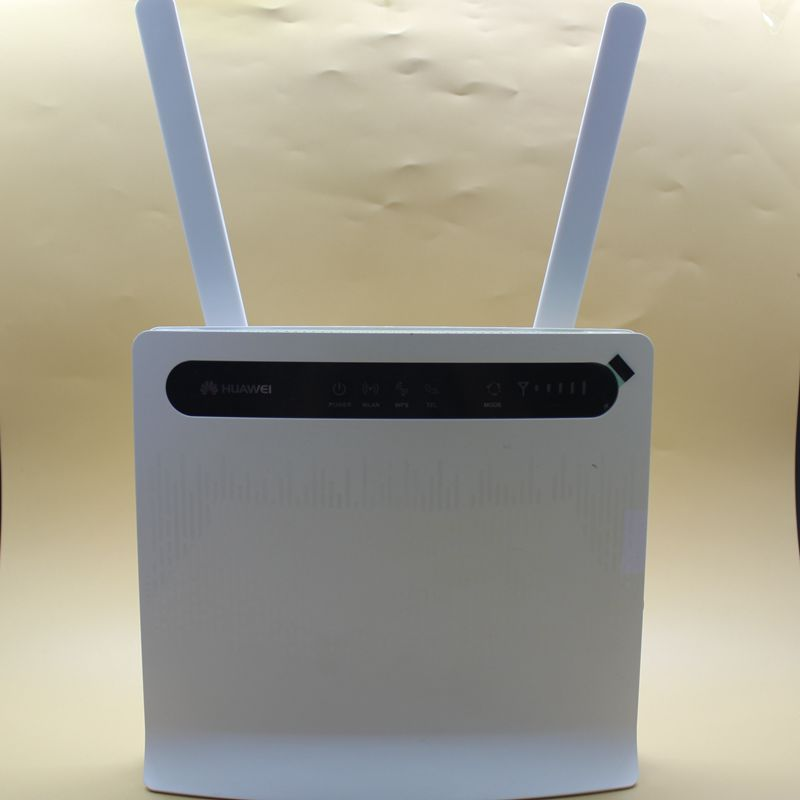 Unlocked Used 4G Router Huawei B593 B593u-12 4G LTE Router WiFiHotspot Huawei Router B593s-12 With External Antenna PK B593s-22