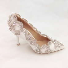 2015 New Style Pointy Toe White Bridal Shoes with Rhinestone Lady High Heel Wedding Shoes Woman Fashion Evening Party Prom Shoes