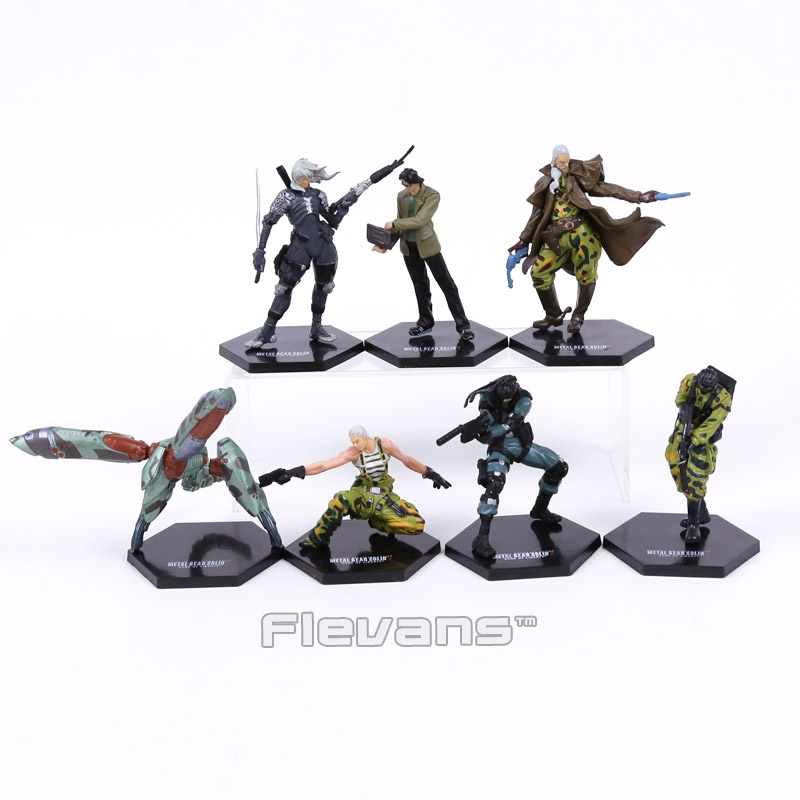 METAL GEAR SOLID 2: SONS OF LIBERTY Solid Snake Raiden Figures Collectible Model Toys 7pcs/set metal gear solid action figure sons of liberty figma 298 soldier pvc toy 16cm anime games figures snake collectible model doll