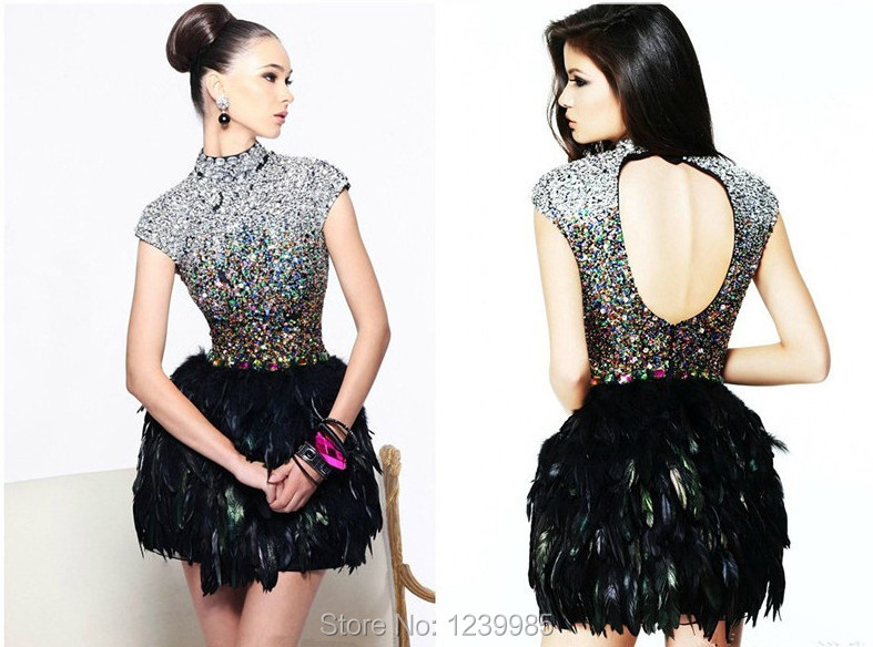 Luxury Sexy New Shining 2019 High Neck Peacock Feather Crystal Beaded Backless Mini Cocktail Dresses Free Shipping Party Dress