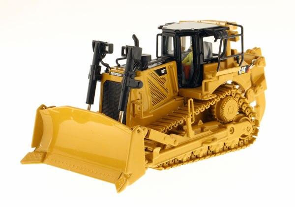 Oyuncaklar ve Hobi Ürünleri'ten Pres Döküm ve Oyuncak Araçlar'de DM 85299 KEDI D8T Parça Tipi Traktör Tek Shank Ripper oyuncak'da  Grup 1