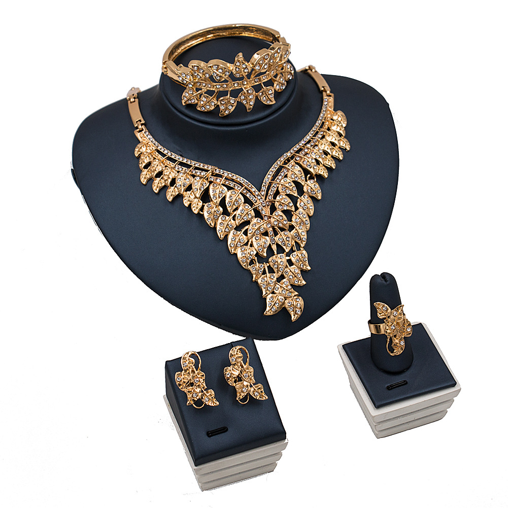 2018 African Gold Jewelry Sets Exaggerated Style Gold Inlaid Crystal Delicate Leaf Molding Design Fashion Jewelry Accessories