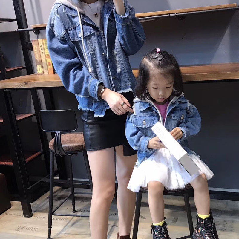 2018 Family Look Clothing Jean Jacket Mother and Daughter Boy Child Clothing Kids Shirt Family Matching Clothes Outerwear family patchwork shirts summer fashion mother and child clothes daughter short sleeve shirt son striped tops kids good outerwear