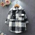 No outono de 2016 o desgaste das crianças novas camisas camisa xadrez xadrez casaco de lã longo casaco frete grátis