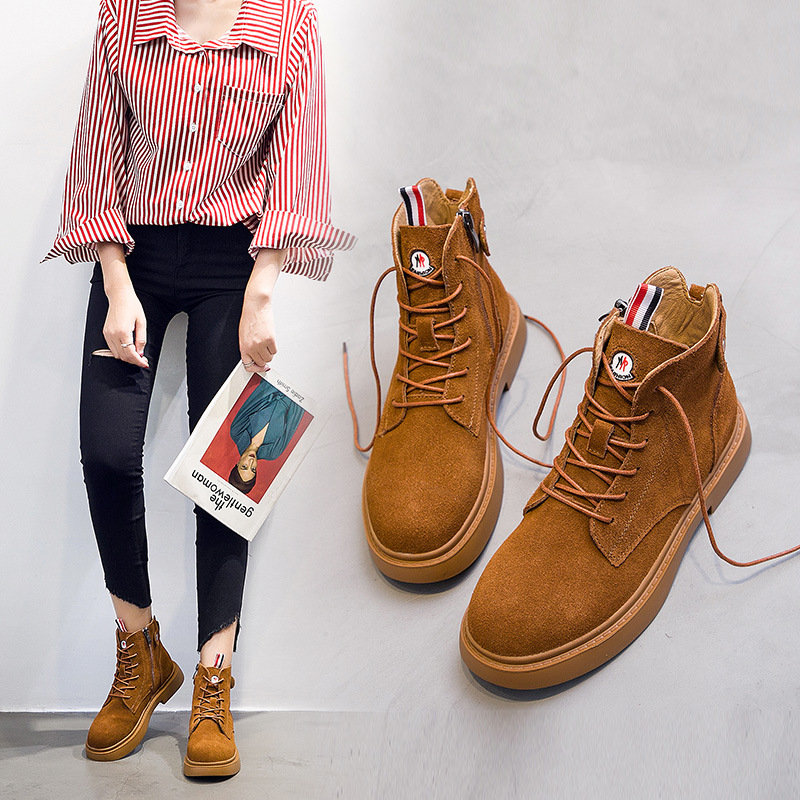 2018 autumn and winter new Martin boots female leather womens boots flat boots childrens fashion European and American womens2018 autumn and winter new Martin boots female leather womens boots flat boots childrens fashion European and American womens