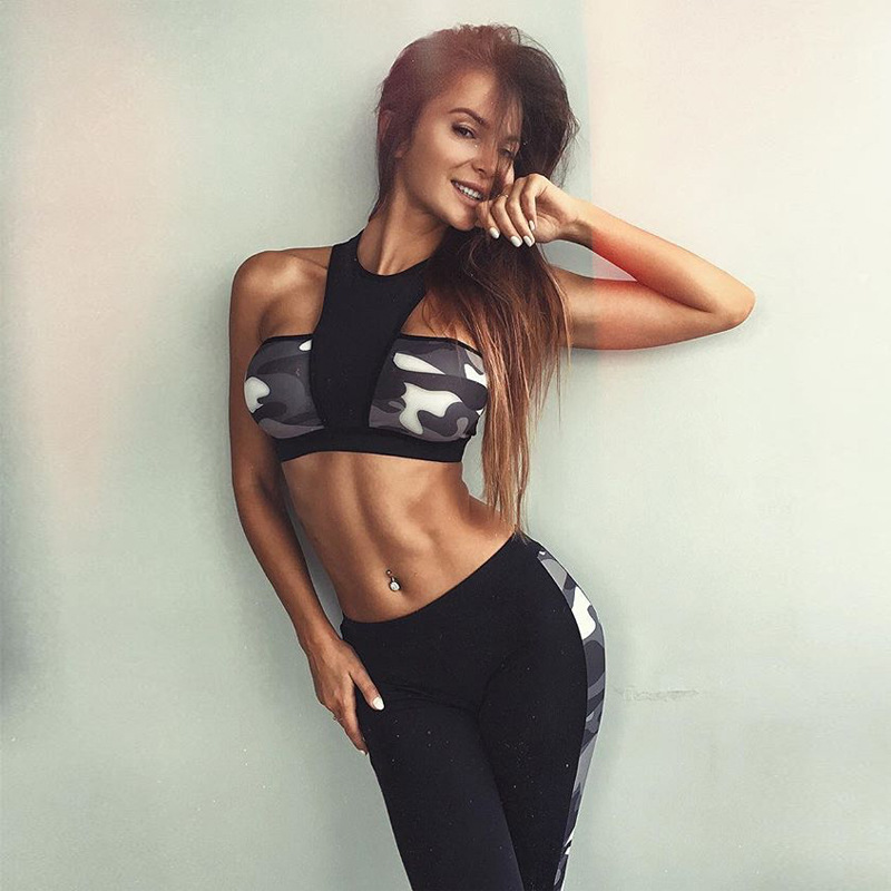 Модные женские yoga костюм activewear камуфляж печати Холтер спинки спортивный бюстгальтер тренировки Леггинсы комплект