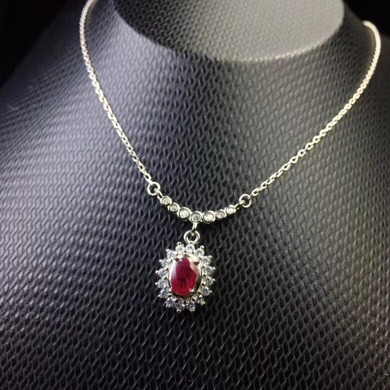 Simple fashion small Necklace 925 Silver Natural Ruby Emerald beautiful girl exclusive cuteSimple fashion small Necklace 925 Silver Natural Ruby Emerald beautiful girl exclusive cute