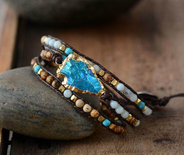 Bracelet: Natural Stones Gilded Arrowhead Quartz Charm