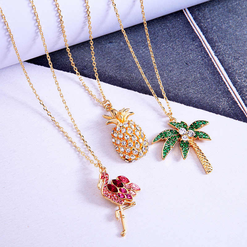 KISS ME Chic Flamingo Pineapple Akee Crystal Pendant Necklace Simple Fashion Women Jewelry Accessories