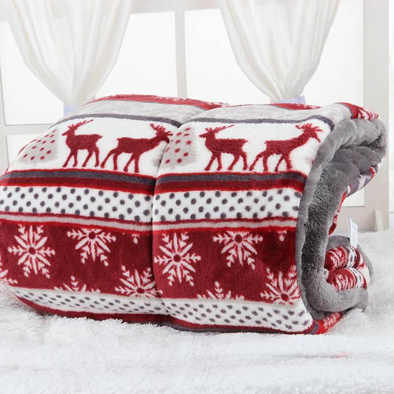 Snowflake Deer Printing  Warm Pet Blanket Sleeping Beds Cover Mat Sleeping Bed Cover Mats Soft Flannel Fleece Warm Pet Blankets