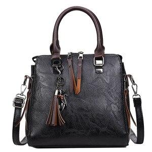 Image 2 - Vintage PU Leder Damen Handtaschen Frauen Messenger Taschen TotesTassel Designer Umhängetasche Schulter Tasche Boston Hand Taschen Heißer Verkauf