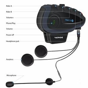 Image 2 - 2 sztuk 5 zawodników V8 domofon Bluetooth kask NFC kierownica motocykla pilot komunikator kask z zestawem słuchawkowym z radiem FM