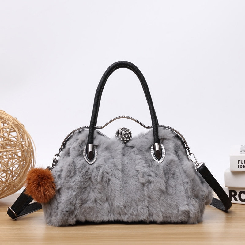 2017 New Arrival Real Fur Handbags Women Fashion Luxury Winter Shoulder Messenger Bags Rabbit Fur Bag With Diamond Tote bag