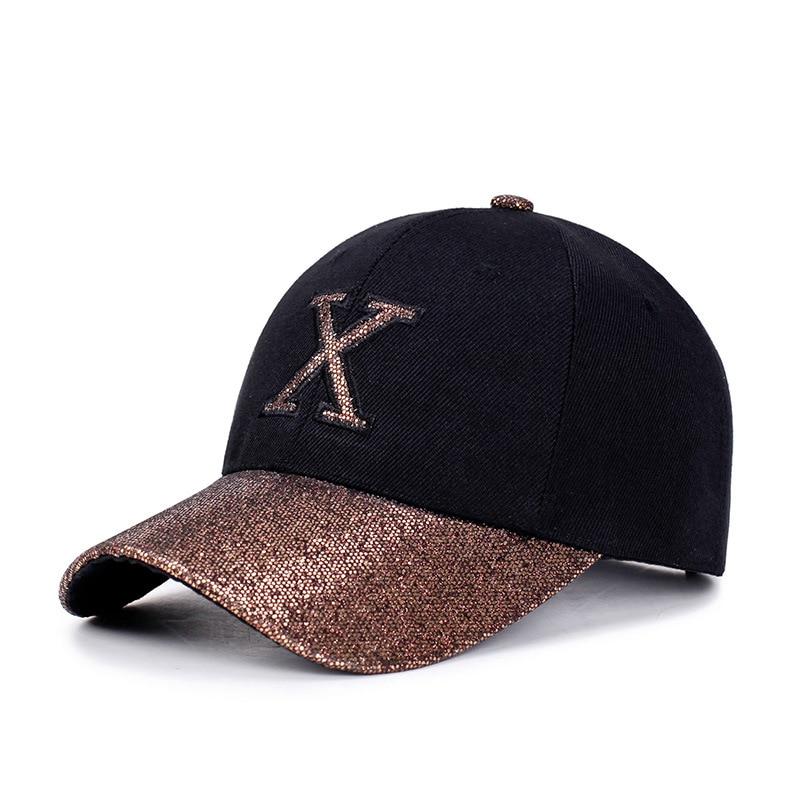 Prix pour 1 Pièce Baseball Cap Femmes Sport loisirs chapeaux X patch broderie sport cap pour hommes et femmes avec brillant visière