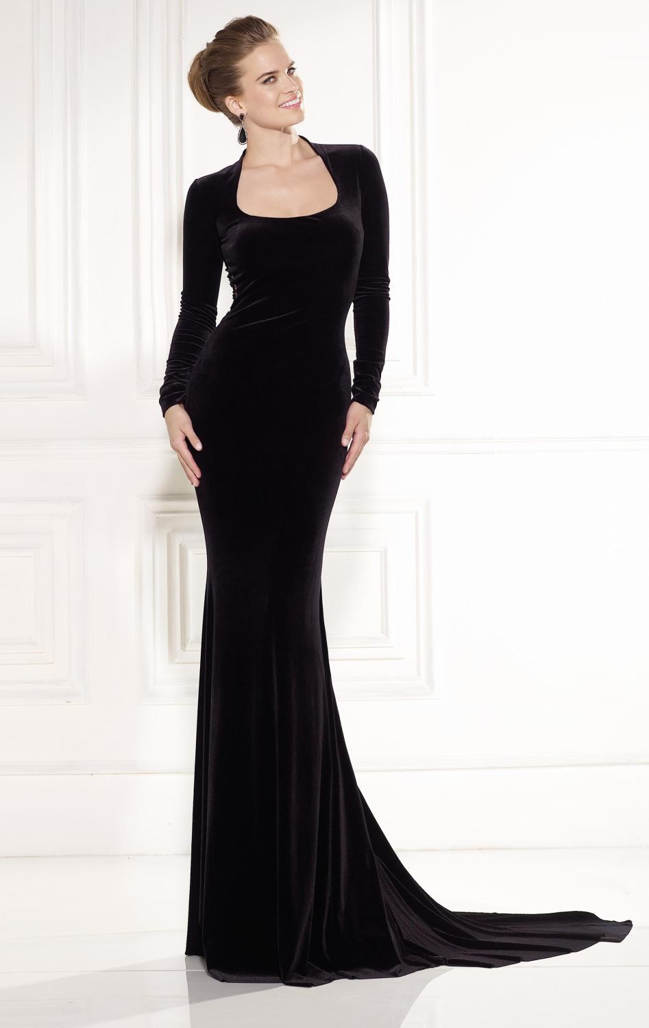 Black long sleeve floor length dress for Floor length dress