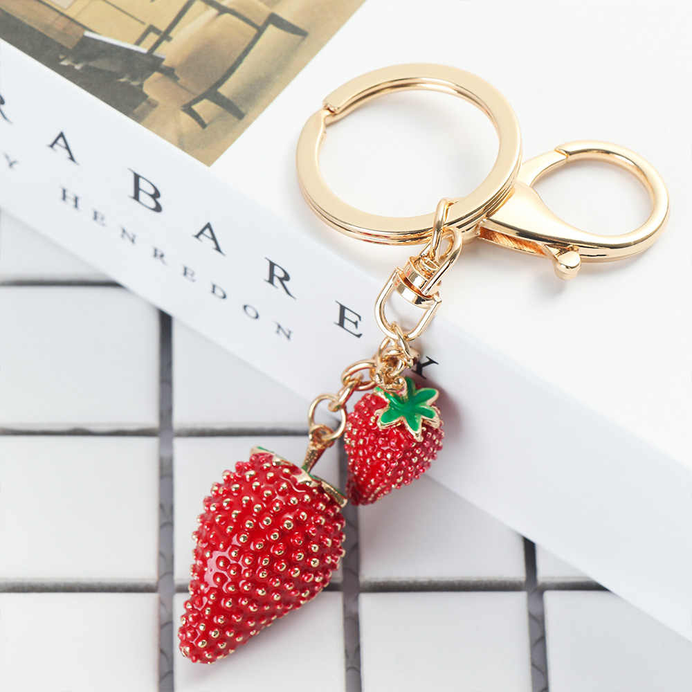 1Pc Strawberry Shape Key Chain Fashion Rhinestone Car Handbag Pendant Lover Gifts for Women Purse Charms Keyring
