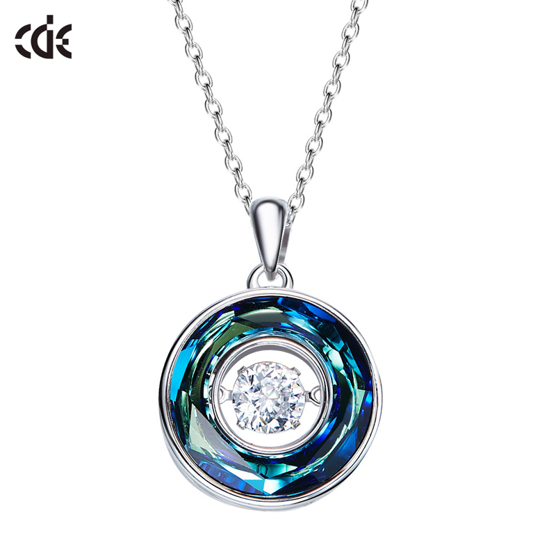 CDE 925 Sterling Silver Necklace Embellished with crystals from Swarovski Round Pendant Necklace Women Chain Necklace
