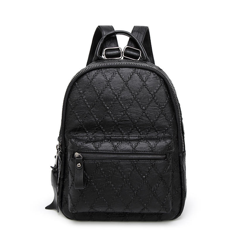 The new first layer of leather Lingge embroidered line backpack Korean tide ladies travel bag manufacturers