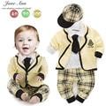 Conjuntos de bebé de algodón camisa de tela escocesa + pants + coat + hat + tie otoño de manga larga ropa de bebé niños estilo de la universidad traje