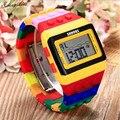 Moda Mujeres de los hombres Relojes Unisex Colorido Reloj Digital Resistente Al Agua Reloj de Pulsera al por mayor