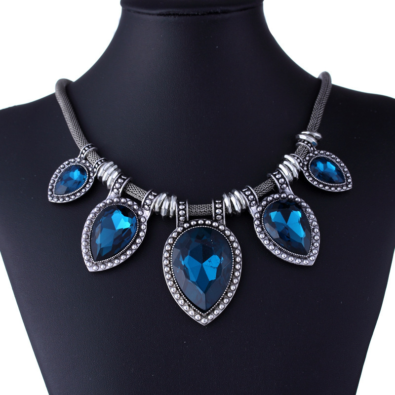 Luxury Vintage Women Choker Necklace Big Crystal Stone