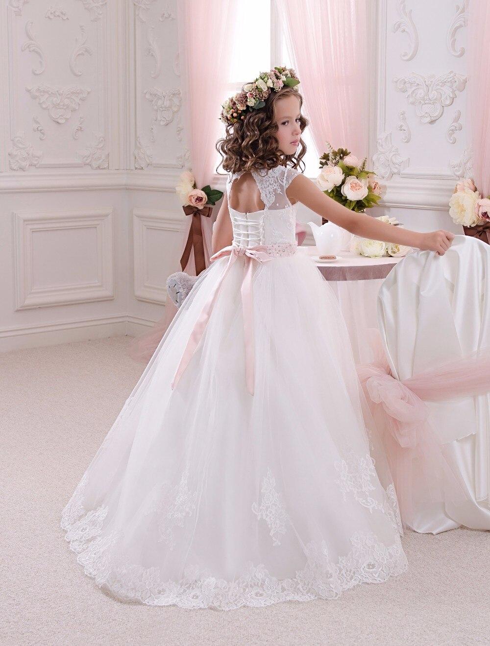 Nieuw kant bloem meisje jurken met roze riem baljurk vloer lengte - Bruiloft feestjurken - Foto 3