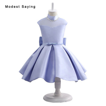 Lovely Flower Girl Dresses 2017 with Pearls Neckline Ball Gown Knee Length Wedding Pageant Gowns with Big Bow for Little Girls