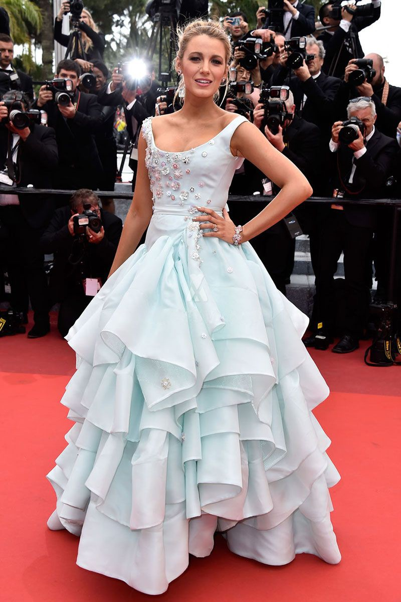 blake-lively-baby-blue-tiered-ruffled-ball-gown-celebrity-prom-dress-2